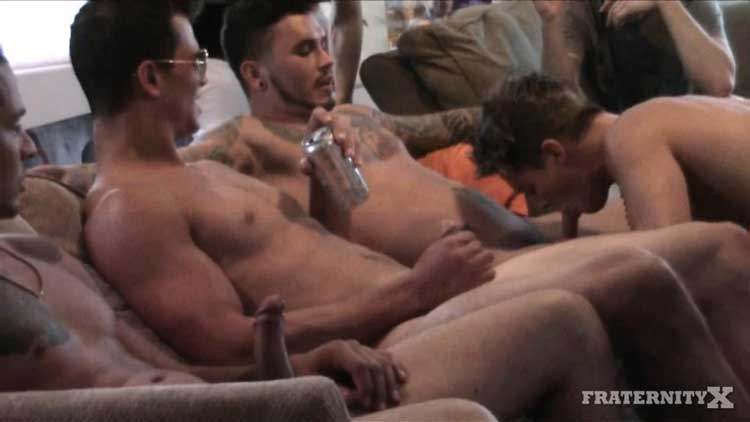 FRATERNITYX BEAT THAT ASS GAY PORN