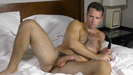 Gorgeous Bobby Hunter is here. He's got a handsome face and hair everywhere a man should, especially his furry crotch. Watch as he stimulates his prostate to orgasm and then eats it.