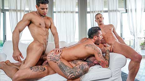 Dylan James, Rico Marlon, Ruslan Angelo, and Andrea Suarez fuck raw in this bareback sex scene on Lucas Entertainment! If there are two giant cocks that are worthy of the utmost oral and anal attention...
